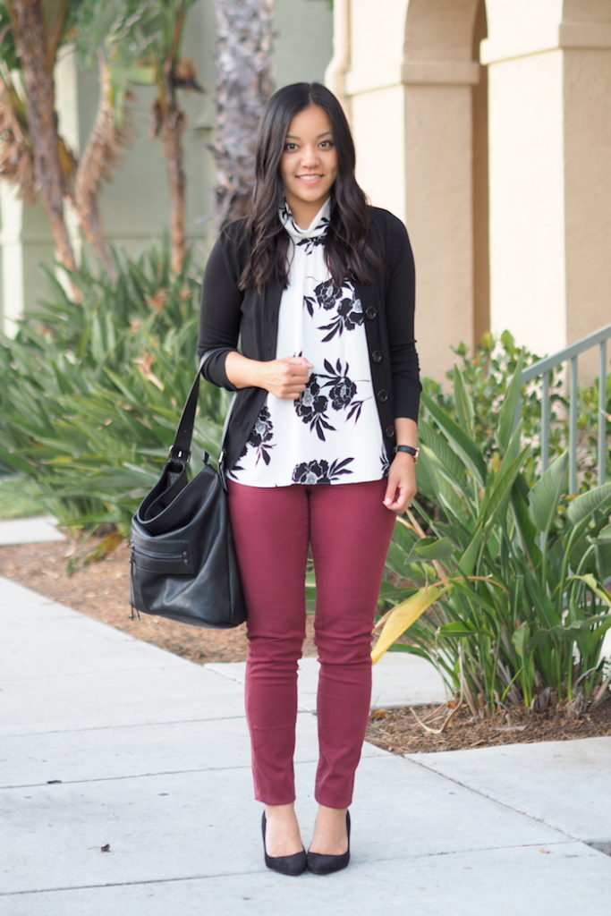 business casual outfit maroon jeans