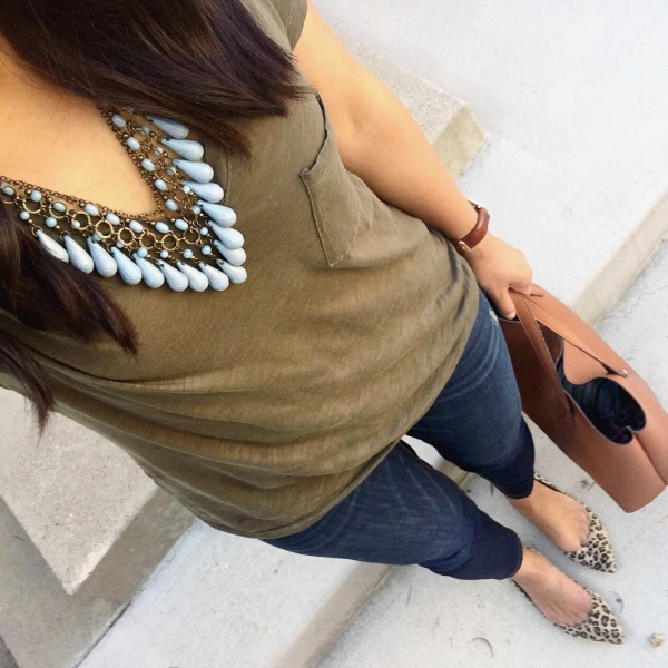 olive top + teal necklace + leopard print shoes