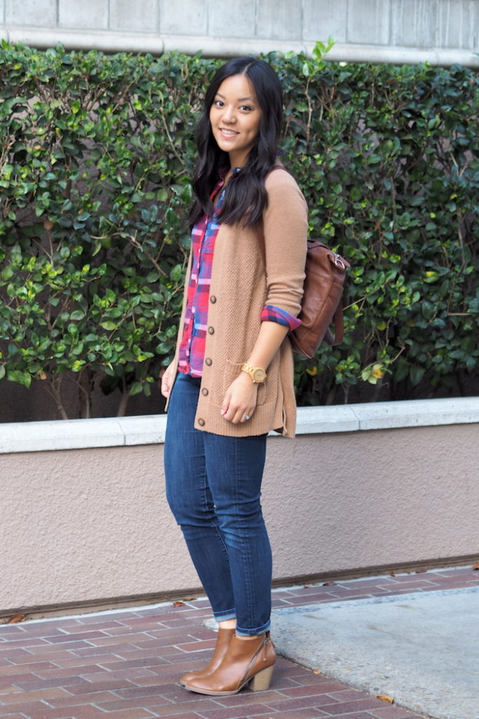 Fall Outfit: Plaid Shirt + Cozy Cardigan