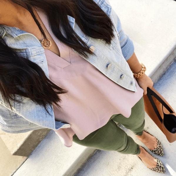 olive jeans + blush top + denim jacket + leopard print shoes