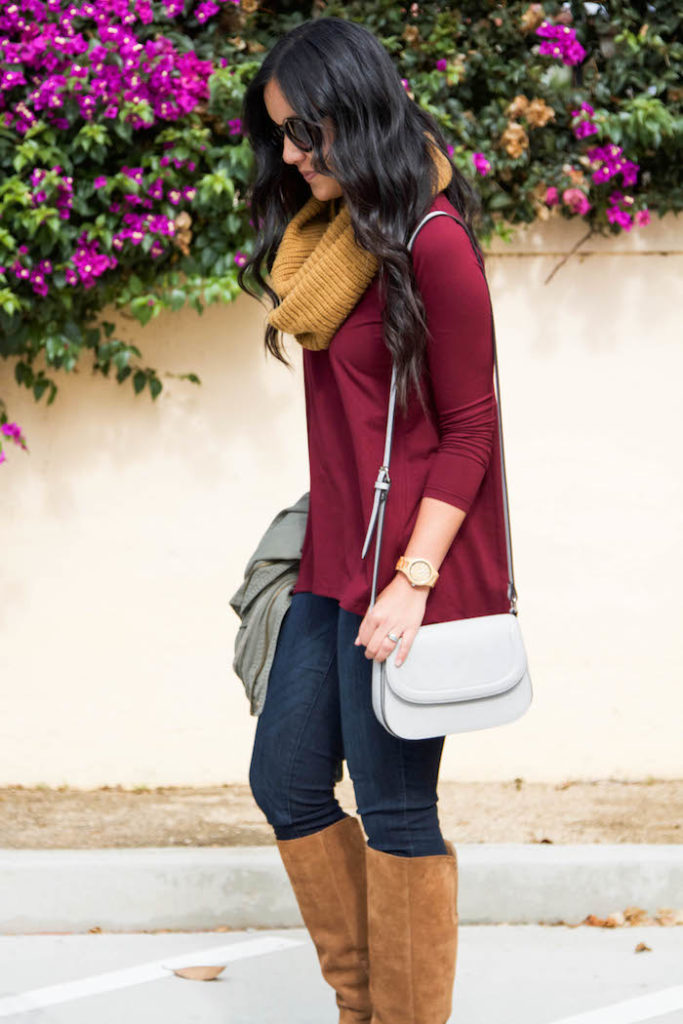 Maroon Tunic + Skinnies + White Purse