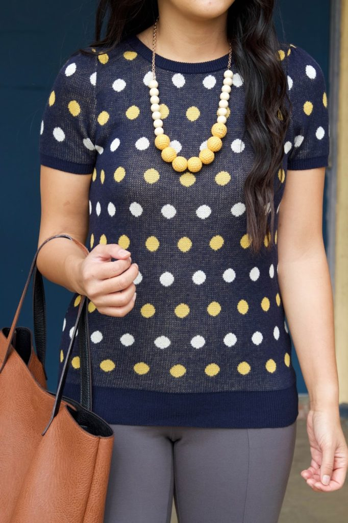 business casual outfit + Short Sleeve Sweater + Statement Necklace + Brown Tote