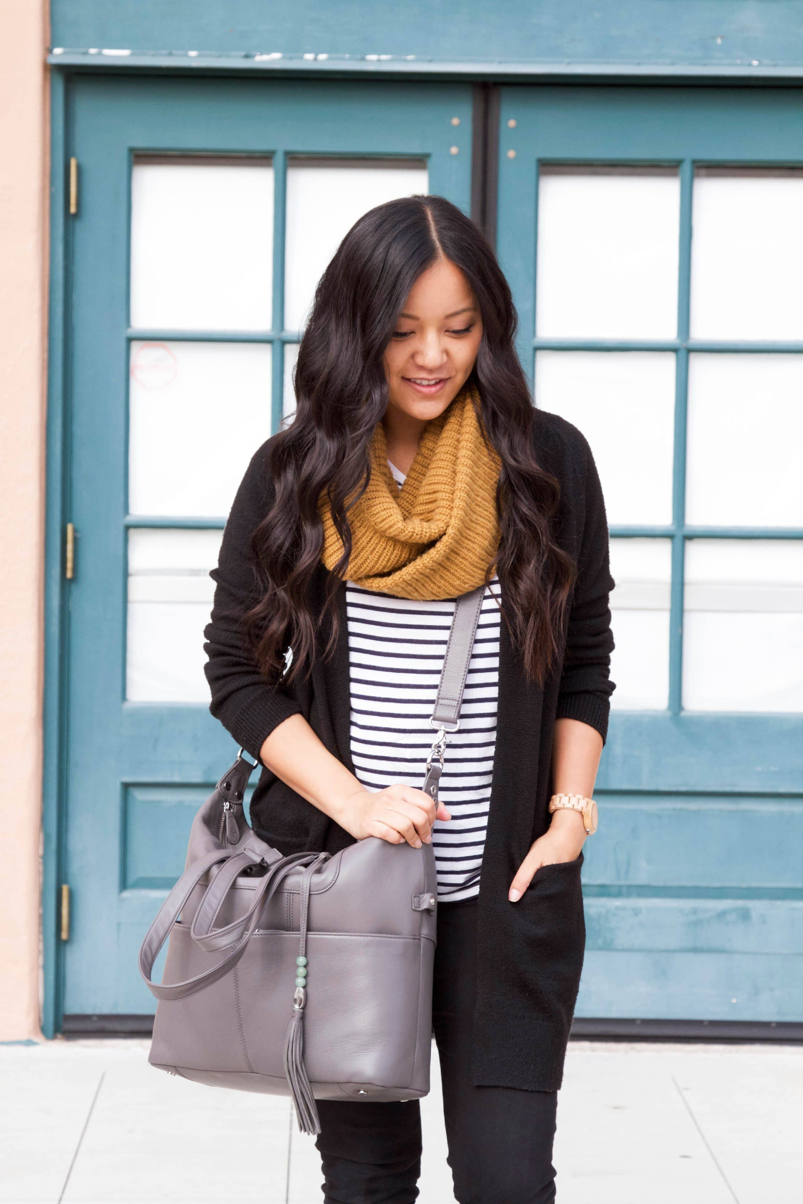 Travel Outfit: Black Cardigan + Striped Tee + Scarf + Gray Tote + Black Jeans