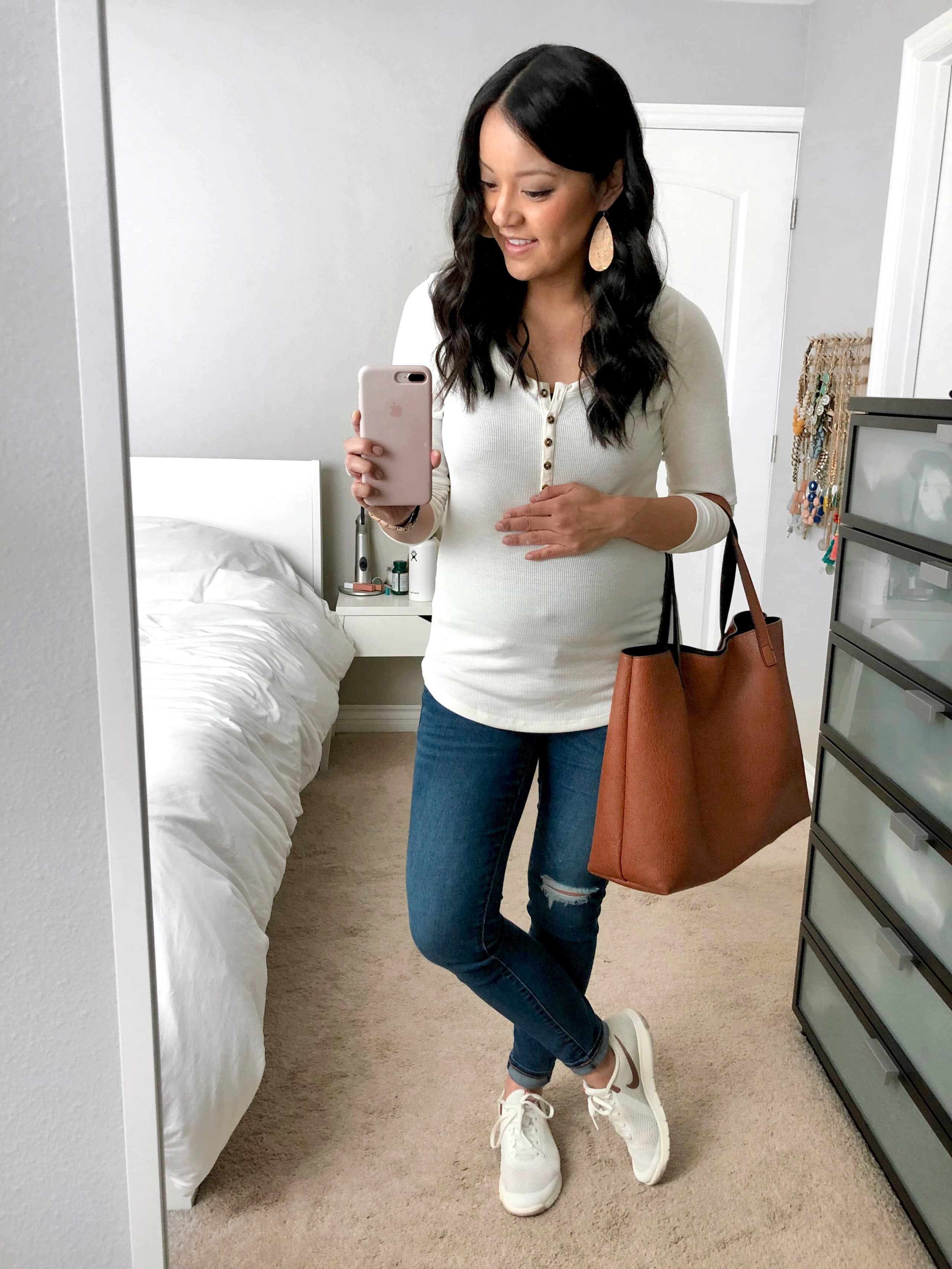 White Henley + Distressed Skinnies + White Sneakers + Tote