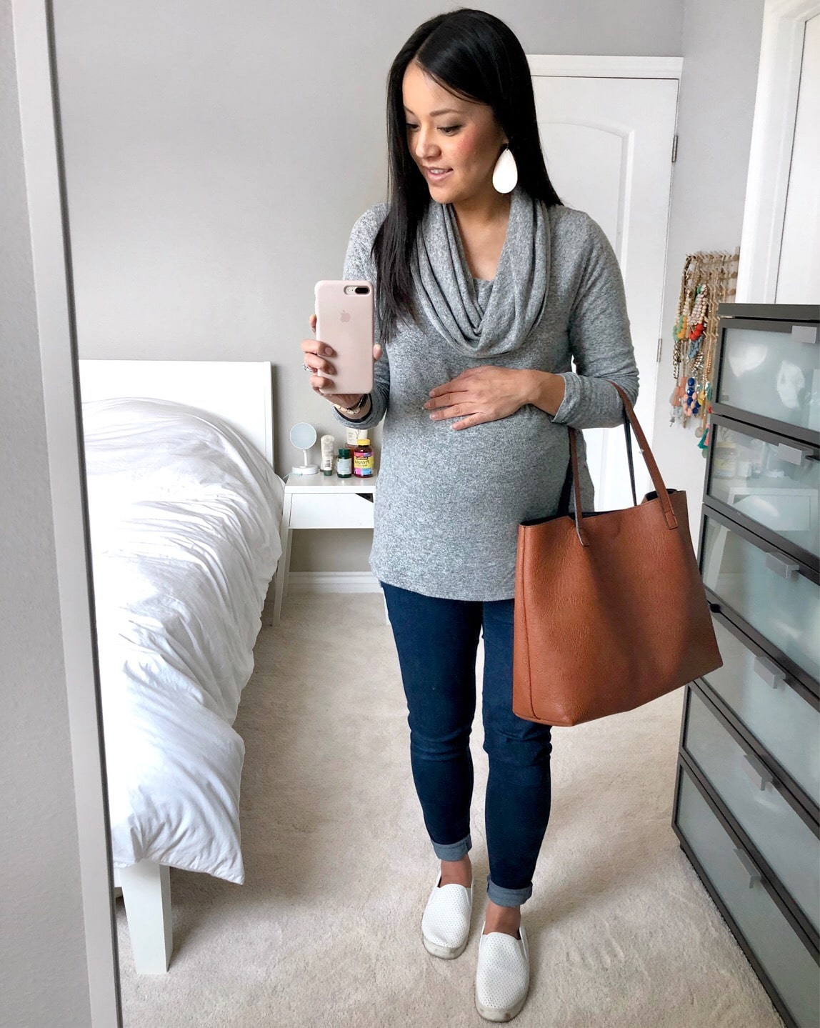 Grey Tunic Sweater + Skinnies + Tote + White Sneakers