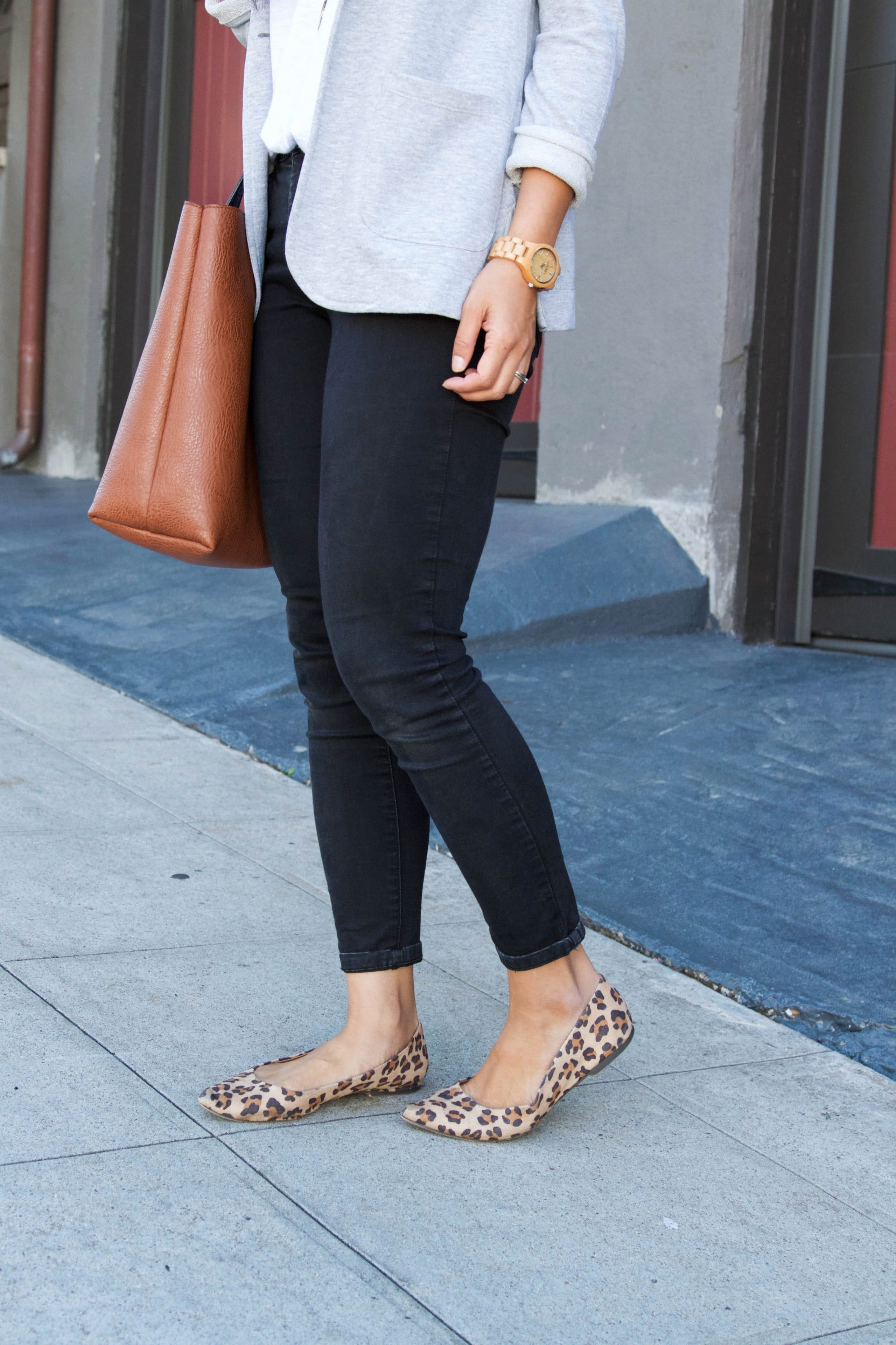 Leopard flats + Skinnies + Gray Blazer + Tote