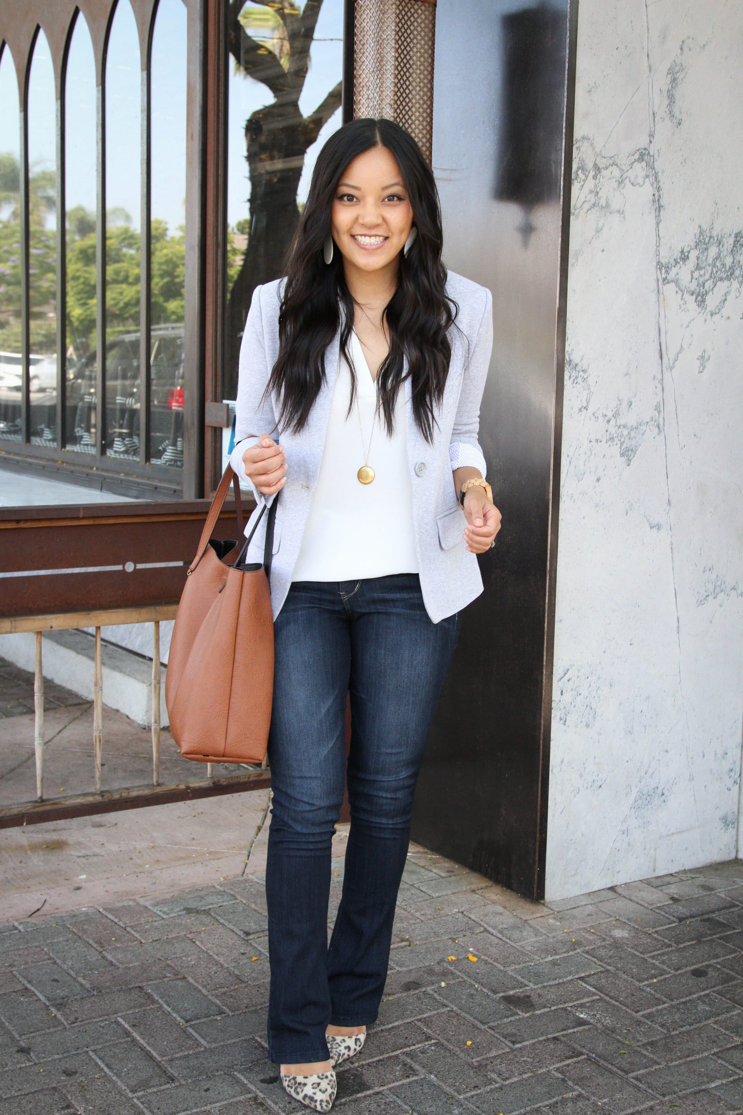 white top + knit blazer + bootcut jeans, +leopard print heels