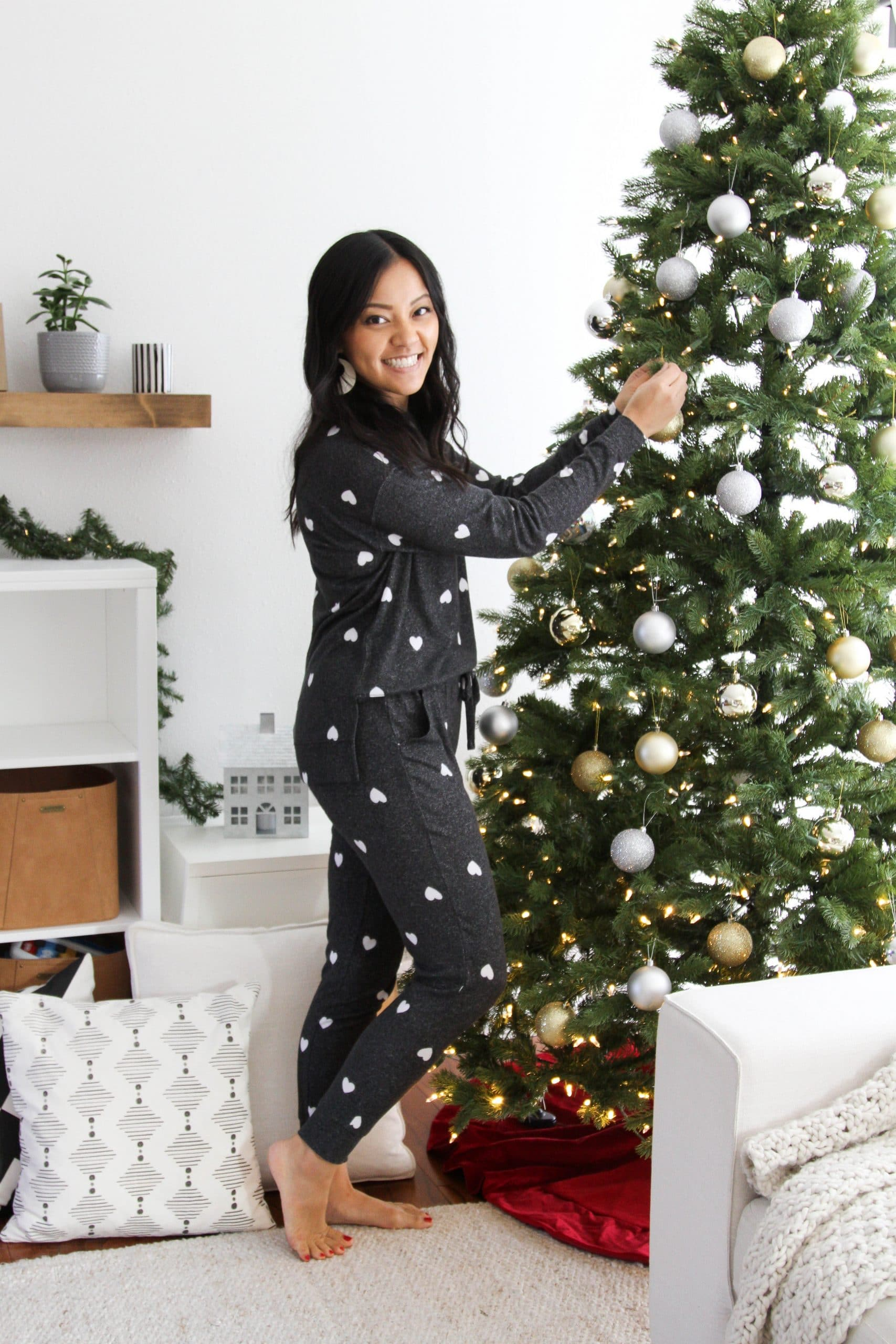 black and white heart pajamas + cute loungewear