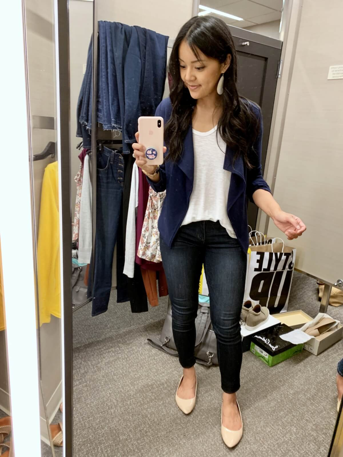 Elevated Casual Outfit: white tee + navy knit blazer + dark skinny jeans + nude flats + gold leather earrings