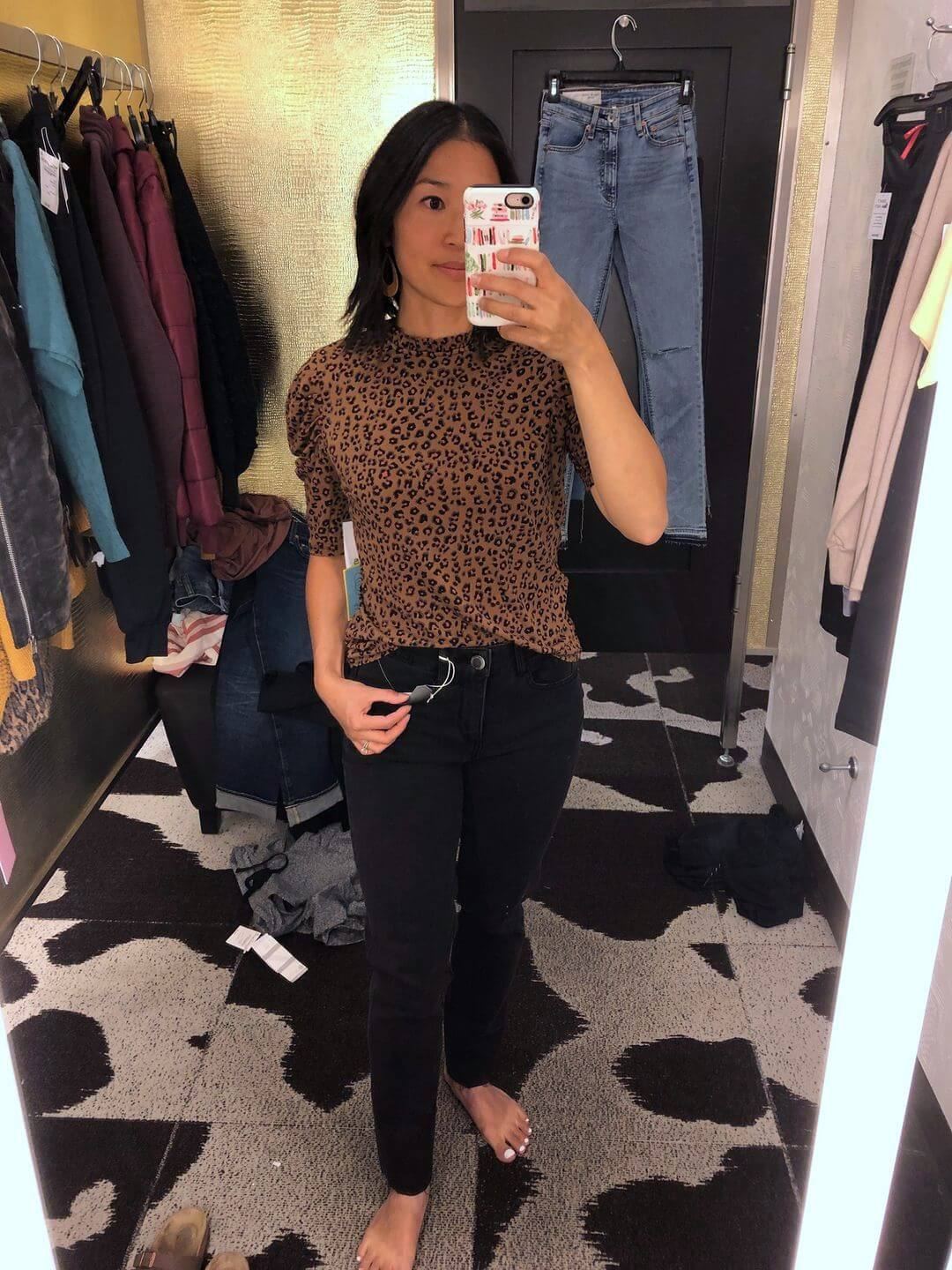 NSale Elevated Casual Outfit: leopard cheetah ruched sleeve top + black jeans