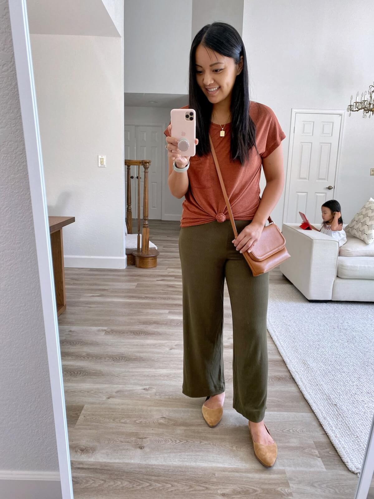 rust tee + olive wide leg pants + tan flats for early warm fall outfit